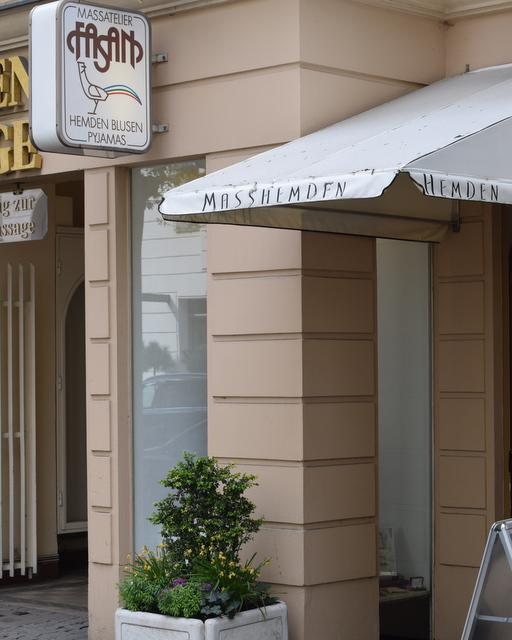 Fassan-Hemdenmacher-Bespoke-Shirtmaker-Berlin-The-Journal-of-Style-4