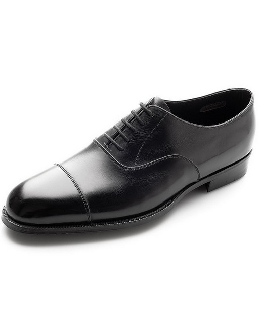 Clverley-Black-Plain-Captoes-The-Journal-of-Style-1