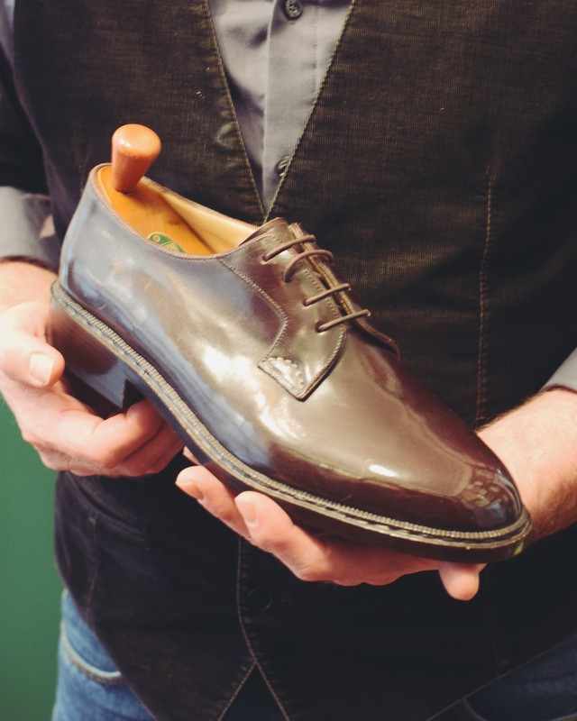 Benjamin-Klemann-Shoes-fitting-The-Journal-of-Style-7