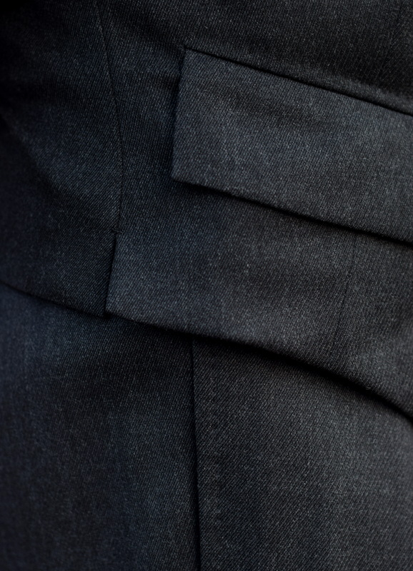 Chittleborough_and_Morgan_Suits_Lapped_Seam_The_Journal_of_style_2