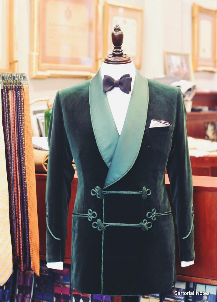 Henry_Poole_SMoking_Jacket_by_Torsten_Grunwald