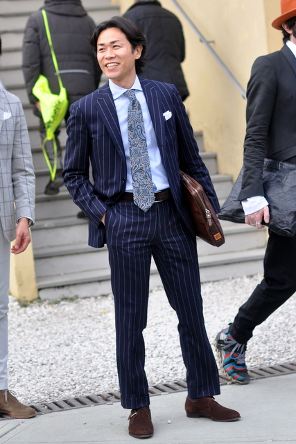 Suit-suede-shoes-Pitti-Uomo-The-Journal-of-Style-2