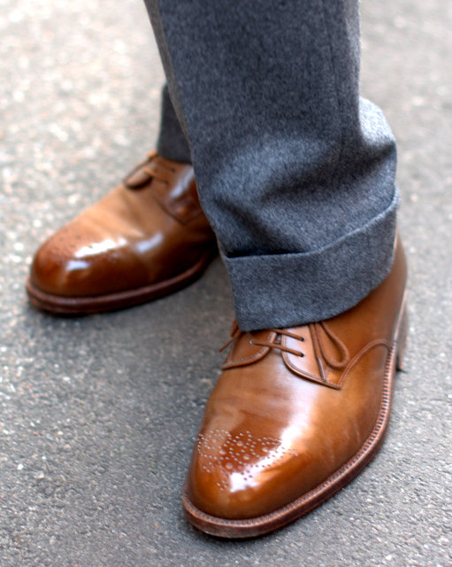 Handmade-brown-derby-shoes-The-Journal-of-Style