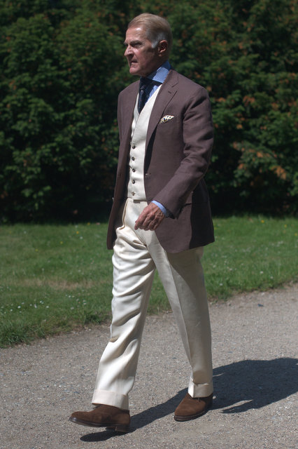 NSM-linen-suit-The-Journal-of-Style-4