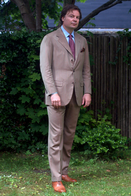 Solaro-suit-bespoke-The-Journal-of-Style-1