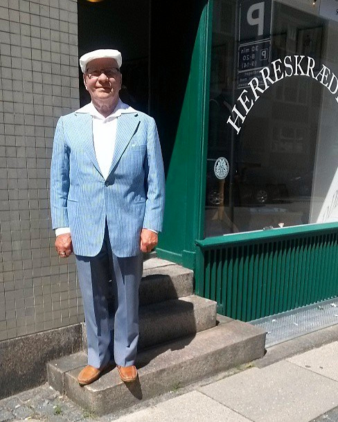 Danish tailor Willy Mokjær