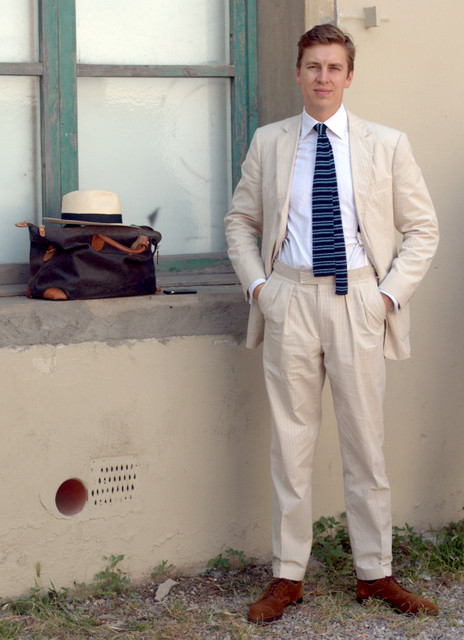 Colonial-white-linen-suit-The-Journal-of-Style