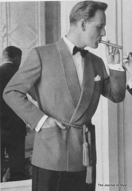 Smoking-jacket-1950s-The-Journal-of-Style