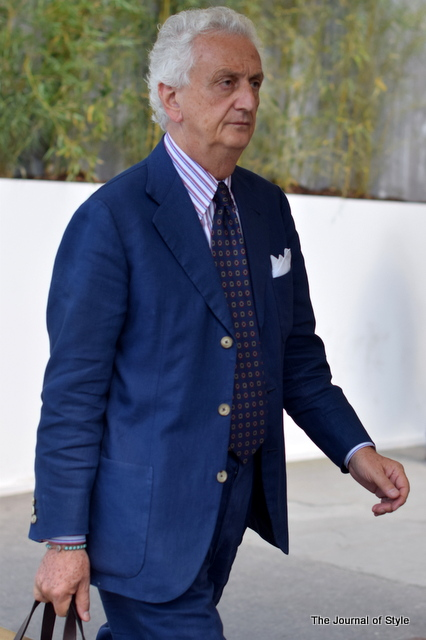 Old-mens-style-blue-suit-Pitti-Uomo-The-JOurnal-of-Style