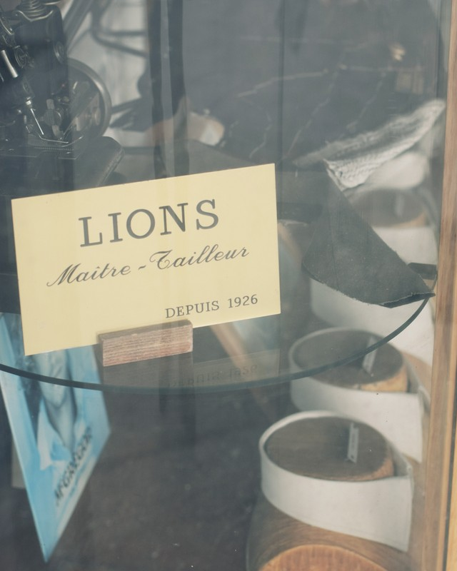 Maitre-tailleur-Lions-Bespoke-Tailor-Nice-France-The-Journal-of-Style-3