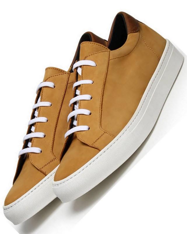 Tim_Little_sneakers