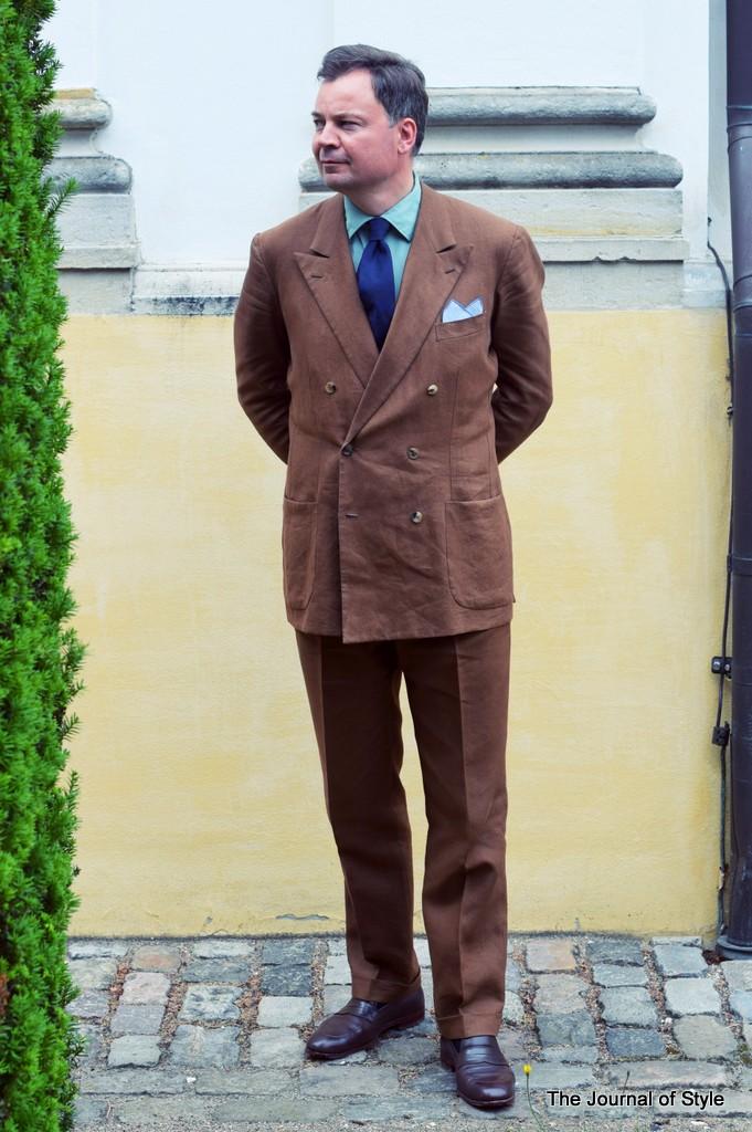 Tobacco_Linen_Suit_by_Torsten_Grunwald