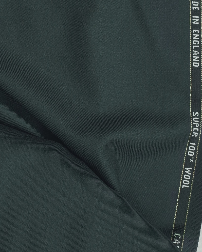Fine_Vintage_Suitings_bespoke_English_Green_from_Grunwald_1